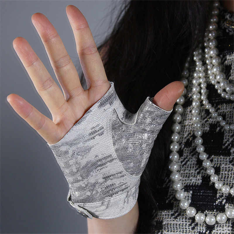 Новейшие настоящие кожаные перчатки без пальцев Белая Кожа Ящерицы животный узор из чистой овчины половина пальца короткие женские перчатки TB130-9