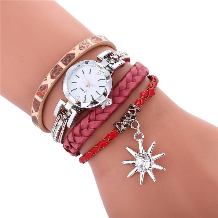 Moda kolorowe projekt hurtownie kobiety panie diamentowa skórzana bransoletka zegarki wypoczynek na co dzień panie sukienka liść wisiorek na rękę w w Zegarki damskie od Zegarki na  Grupa 3