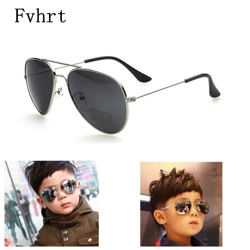 Fvhrt crianças óculos de sol da marca crianças meninos meninas óculos de  sol espelho de metal óculos de proteção new criança baby girl uv400 óculos  de sol ... 8177546c2d