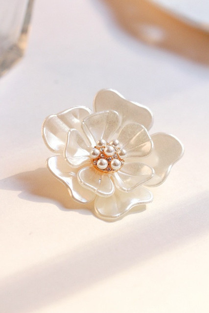 Vintage Style Wedding Bridal Bouquet 18K Gold Plated Flower Brooch Pin lady Jewelry Statement Elegant Fine Jewel