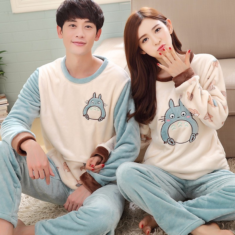 2017 Winter Couple Pajama Sets Women Thick Warm Coral Velvet Pajamas Flannel Cartoon Totoro Pijamas Men's Sleep&Lounge Homewear