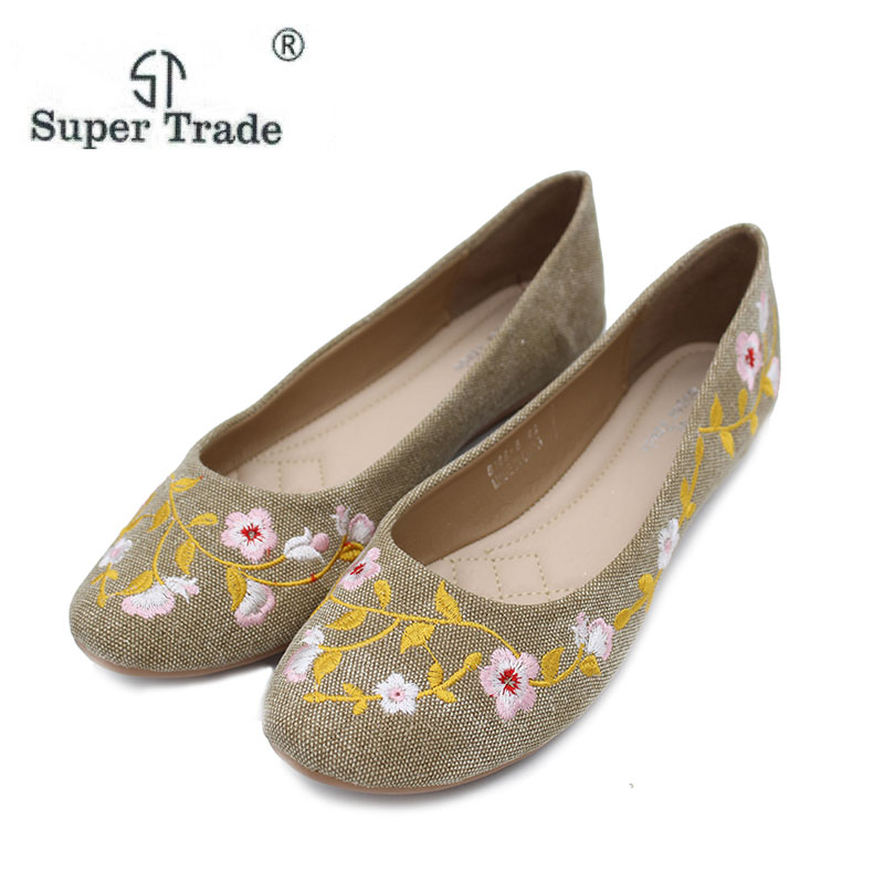 Plus Size 35-42 Retro Style Shoes Woman,Women Old Peking Flats Chinese Flower Embroidery Canvas Shoes Women Flats ST68-6 vintage embroidery women flats chinese floral canvas embroidered shoes national old beijing cloth single dance soft flats
