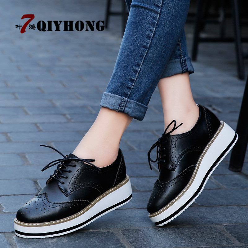 2018 Women Platform Oxfords Brogue Flats Shoes Patent Leather Lace Up Pointed Toe Brand Female Footwear Shoes for women Creepers xiuningyan soft leather women shoes brogues lace up flat pointed toe patent leather white oxfords women casual shoes for women