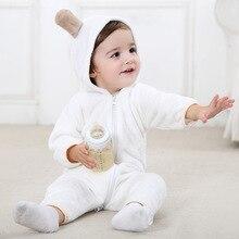 Bébé Garçons vêtements de Nuit et Robes 2017 Nouveau Arrivé Nouveau-Né Vêtements Automne Bébé Fille Solide Vêtements Bébé À Capuche Chaud Combinaisons