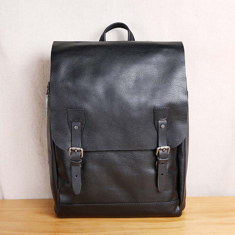 AETOO Leather fashion trend Korean version of the backpack travel leisure leather computer bag simple student bag 2017 new fashion leather backpack female korean version of the street stream simple leisure travel bag bag shoulder bag leather
