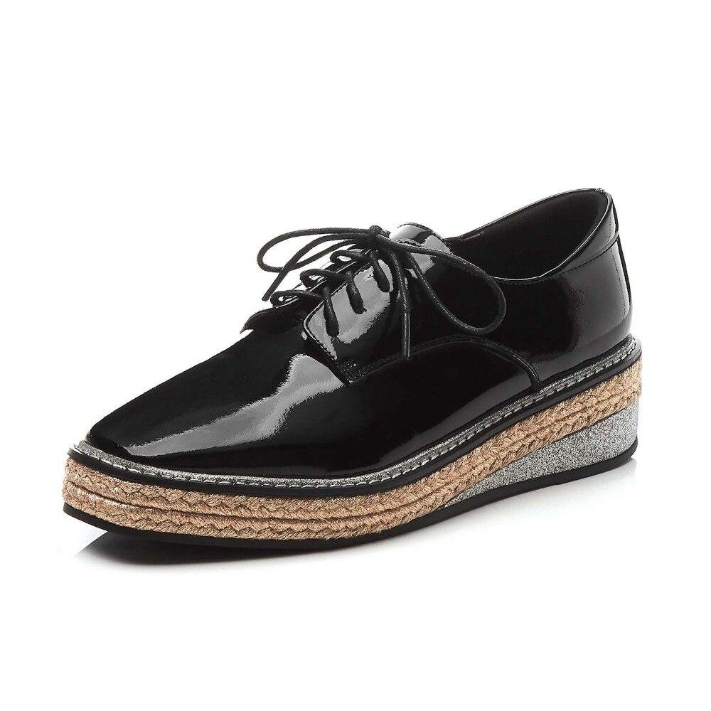 In bianco e nero singolo, scarpe col tacco alto, di modo professionale casual dating - 3