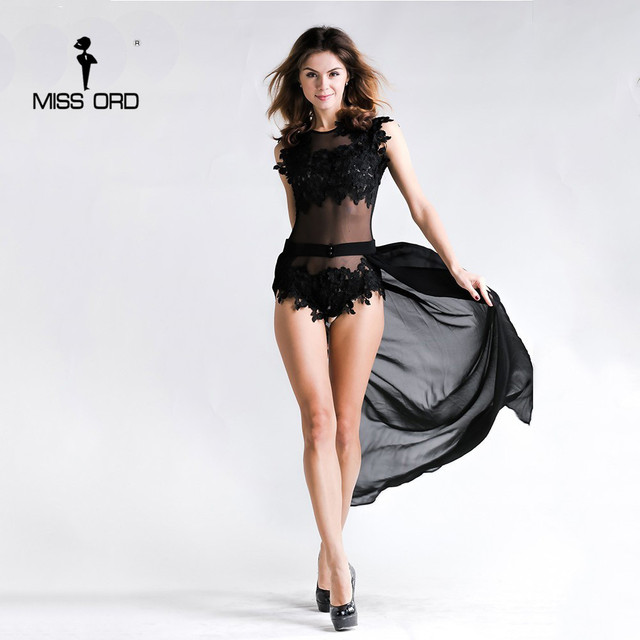 O envio gratuito de 2017 Sexy lace costura fio vazio cintura xale cor preta playsuits FT2342-1