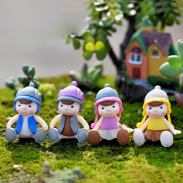 Adorable Small Sitting Dolls 4 pcs Set