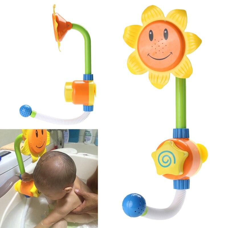 Bebé divertido juego de agua baño juguete giratorio ducha grifo del baño Caño nadar juguetes de baño Baño de verano Color al azar