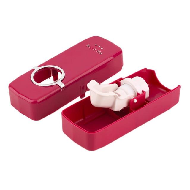 1 Set Spazzolino da denti Holder Dispenser Automatico di Dentifricio + 5 Spazzolino Da Denti Spazzolino Da Denti Spazzolino Titolare Montaggio A Parete Del Basamento Bagno Strumenti