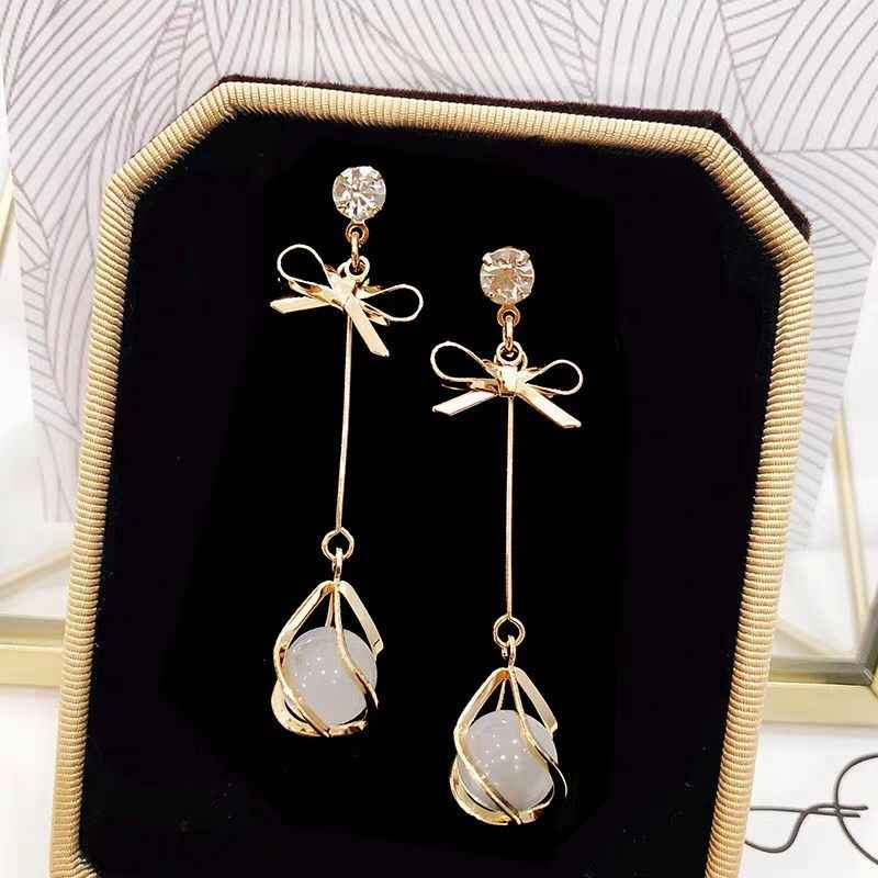 Korean Version Of The New Fashion Jewelry Bohemian Earrings Net Red Bow Cat's Eye Long Earrings Women's Crystal Luxury Earrings