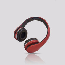 Support SDcard FM Bluetooth three-in-one headset universal wireless portable folding headset for mobile phone bluetooth headset wireless headset supports tf card mobile computer tablet heavy bass folding portable adjustable