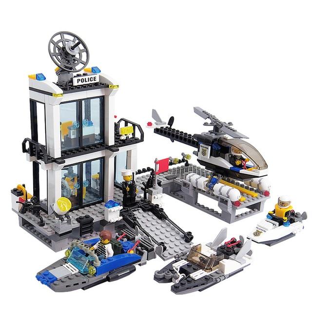 536 Pcs Puzzle Perakitan Mainan Helikopter Speedboat Skuter Air Kompatibel Legoeds Polisi Air Police Station Mainan Anak