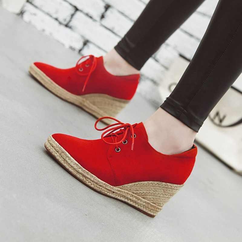 REAVE KEDI Chaussure femme Yüksek Topuk platformu takozlar ayakkabı kadınlar için Çocuk Süet sivri burun rahat vulkanize Kırmızı Pompalar
