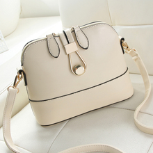Free shipping, 2018 new woman trend handbags, simple leisure messenger bag, retro Korean version women bag, fashion shell flap.