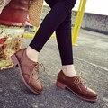 2017 британские старинные женщин резные узелок оксфорд обувь низкий каблук акцентом Обувь женщина случайные кожа женщины квартиры sapato feminino