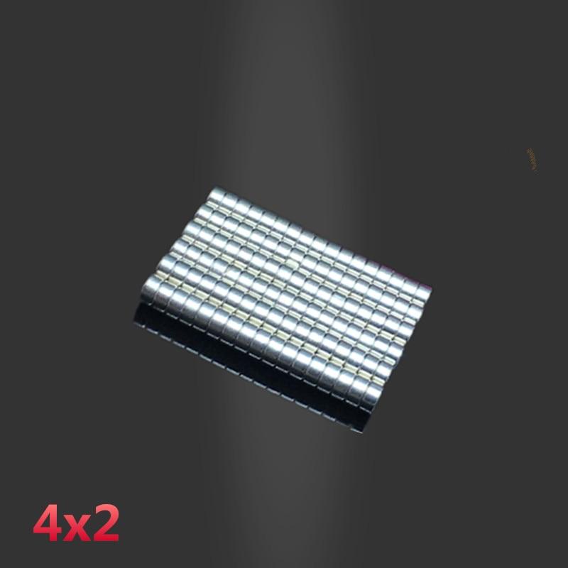 50pcs neodymium 4x2mm Disc Rare Earth Neodymium magnet 4*2 mm Super Strong Magnets 4mmx2mm N35 magnetic powerfull pot magnet magnet super heavy magnetic hook holder neodymium rare earth dia 10mm hot sale 2pc