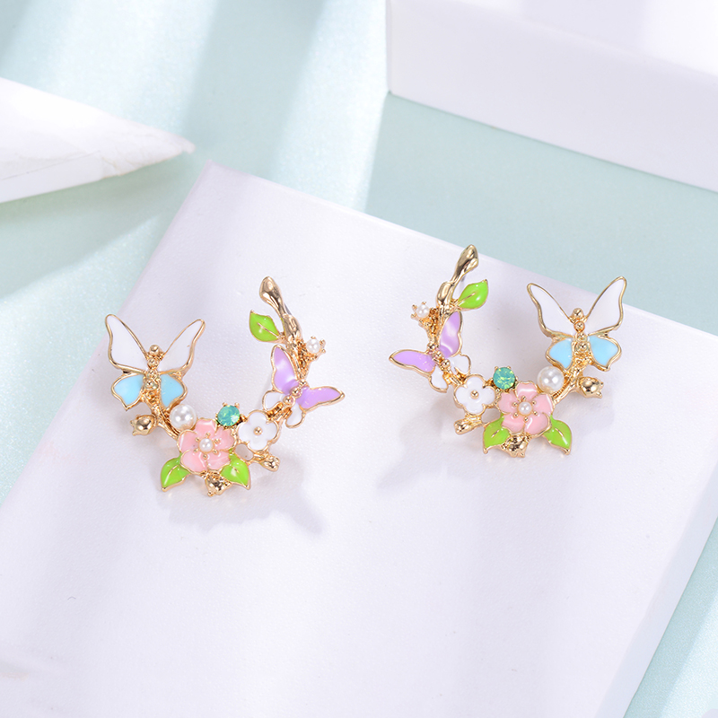 Girls Gorgeous Stud Earrings Butterfly and Trees Personalized Ear Nails Created Ear Jewelry Gifts Femme Designer Brincos Bijoux in Stud Earrings from Jewelry Accessories