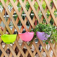 3pcs High quality Plastic Hanging Basket With Metal Chain Flower Planter Pot Vase For Garden Balcony Home Decor.