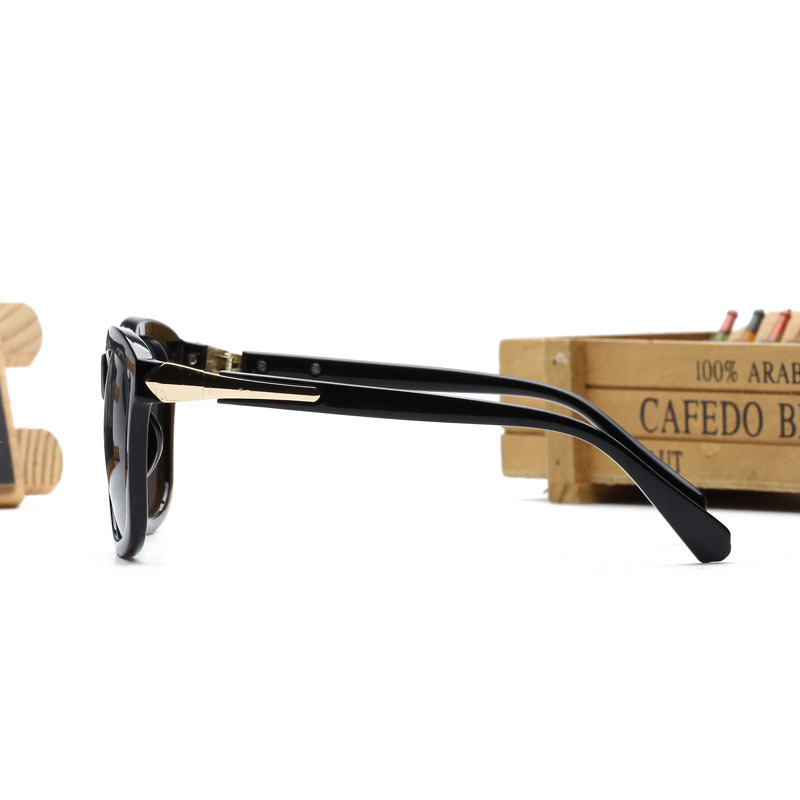 51780b70d0 2015 Bigbang GD gdragon Gianna Jun same design Sun shading summer style  sunglasses kpop korean fashion sunglasses anti UVA UVB-in Sunglasses from  Apparel ...
