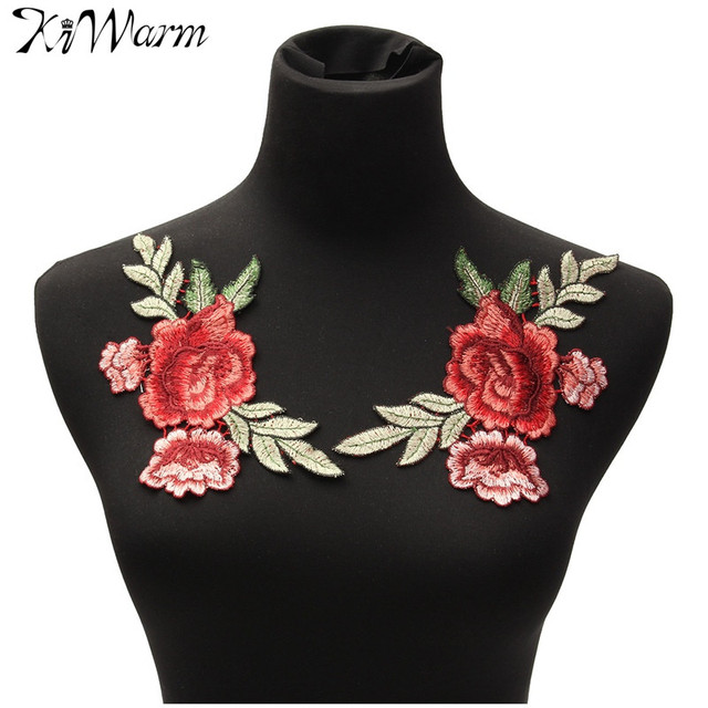 2 Pcs/ensemble Rose Fleur Floral Col Coudre sur Patch Mignon Applique Insigne Brodé Tissu Autocollant Buste Robe Vêtement Accessoires