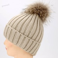 שלג סקי כפת כובע חורף נשים לסרוג כובע חם פרווה רפוי רך מוצק כובע הסרוגה Hat 6 צבעים סיטונאי משלוח חינם 41