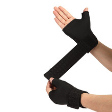 1 Pair Soft Breathable Adjustable Half Finger Glove Support Protector Sport Universal Wrist Palm Thumb Brace Guard Wrap cheap Ourpgone Adult Polyester