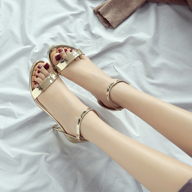 2601 fashion new ladies sandals Round head buckles toe fine high heel sandals2601 fashion new ladies sandals Round head buckles toe fine high heel sandals