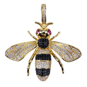 Image 4 - TOPGRILLZ Gold Silver Color Iced Out Cubic Zircon Animal Bee Pendant Necklace Mens Women Hip Hop Jewelry Gifts