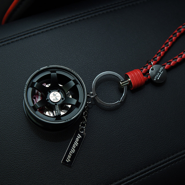 Upscale Luxury Metal Car Wheel Keychain
