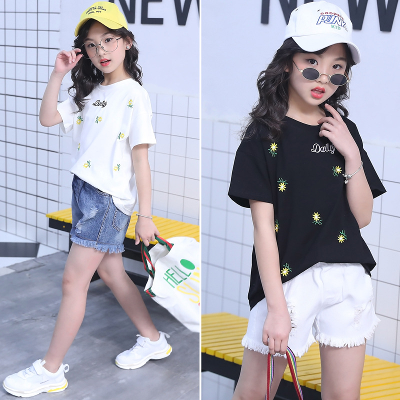 560a50fb7ac Aliexpress.com   Buy 2018 Teens Girls Summer Clothing Set Flower T shirts   Jeans  Short 2Pcs 4 6 8 10 12 14 Years Fashion Girl Cotton Cute Clothes from ...