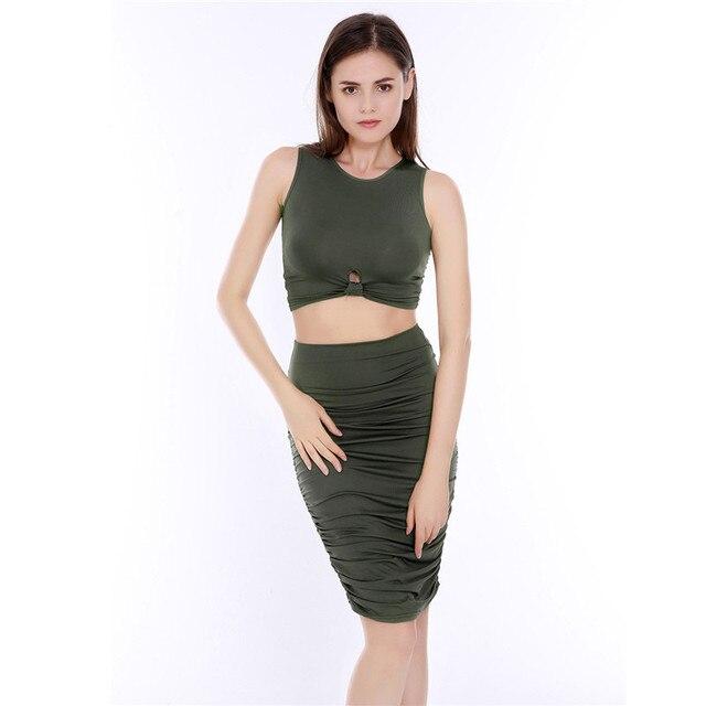 b9ac6061b 1 Unidades mujeres Crop Top Sexy y Delgado Paquete Falda de La Cadera  conjunto Verde Del Ejército Diseño Plegable de La Moda Cintura Elástica  Falda ...