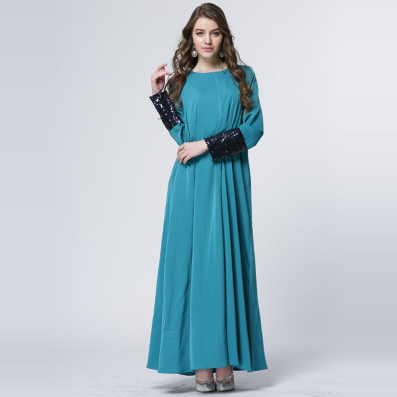Длинные платья с рукавами и манжетами
