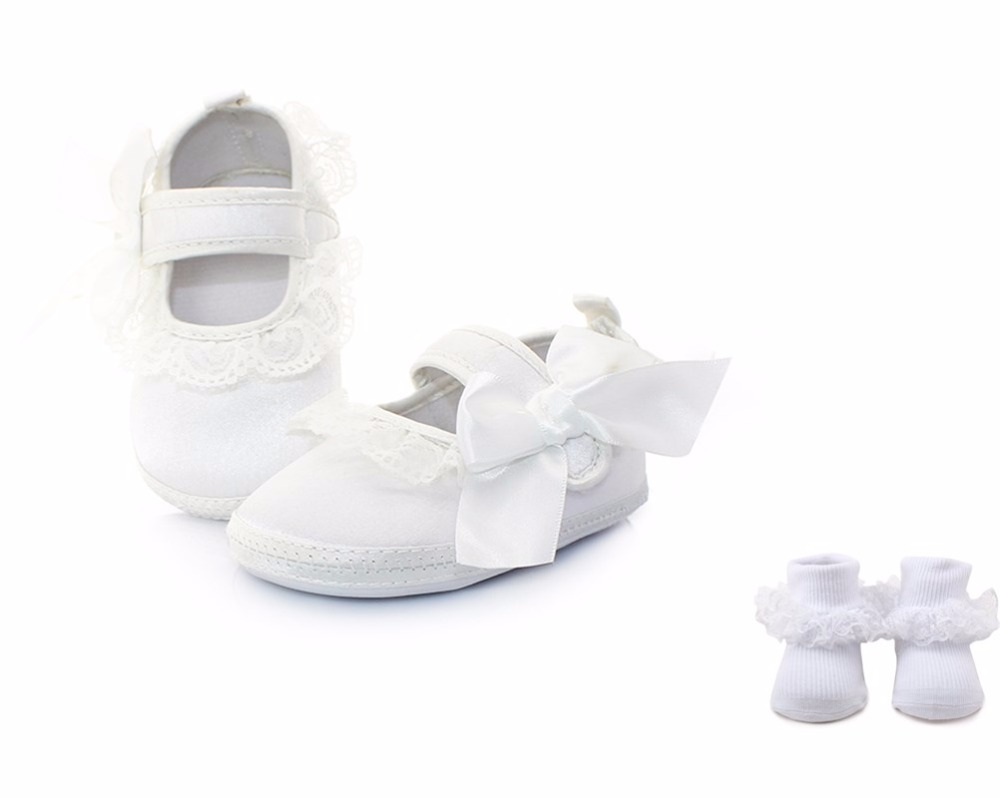 Delebao Lace Butterfly-knot Baby Girl Pure White Christening Baptism Shoes + Two Styles Baptism Socks For 0-12 Months Wholesale