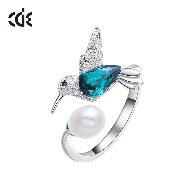 CDE Crystals from Swarovski Luxury Tiny Bird Rhinestone Ring Fashion Romantic Engagement Women Jewelry Green Kingfisher Ring