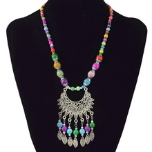 цена на Bohemian Tassel Pendant Necklace Vintage Colorful Acrylic Bead Alloy Moon Leaf Women's Clothing Jewelry Necklace.