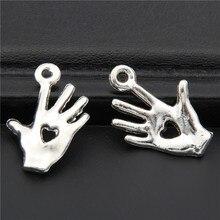 40 шт. античный серебряный милитари ручной Шарм Сердце в подвеска в форме руки подходит браслет ожерелье ювелирные аксессуары ручной работы A2708