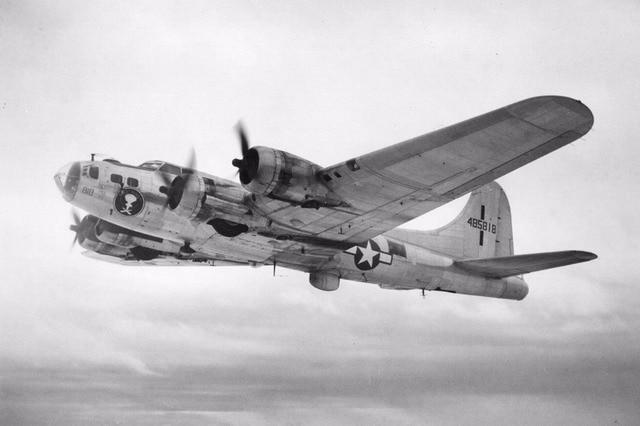 Boeing-B17 fortaleza voladora EE-UU