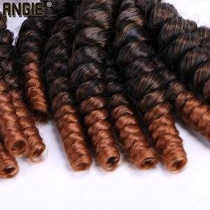 Image 4 - Angie Ombre Funmi Synthetische Haar Spinnt 4 Bundles Eine Packung Zwei Ton T1B/#30 Kurze Haare Schuss Extensions hohe Temperatur Faser