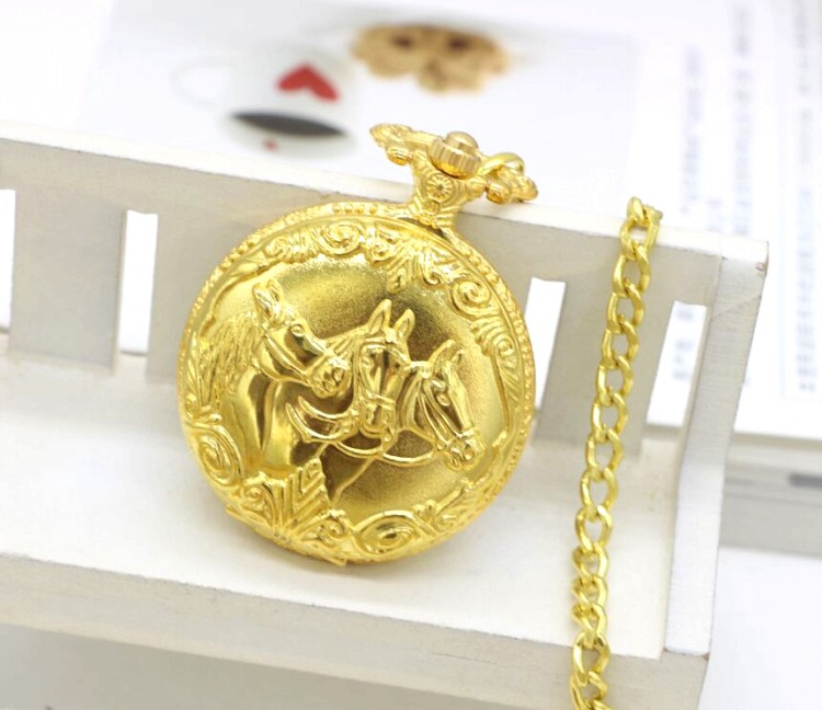 Retro Large Horse  Quartz Pocket Watches Fast Shipping Necklace Chain Men Women Watch Gift Regarder gold color 48965 antique retro bronze car truck pattern quartz pocket watch necklace pendant gift with chain for men and women gift