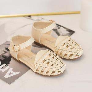 Image 3 - קיץ ילדי נעלי בנות סנדלי פעוט חוף Sandalias Niña Infantil אופנה שחור חלול ילדי סנדלי תינוק נסיכת נעליים