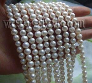 Colliers de perles de culture deau douce blanches en gros 10 brins 7 8mmColliers de perles de culture deau douce blanches en gros 10 brins 7 8mm