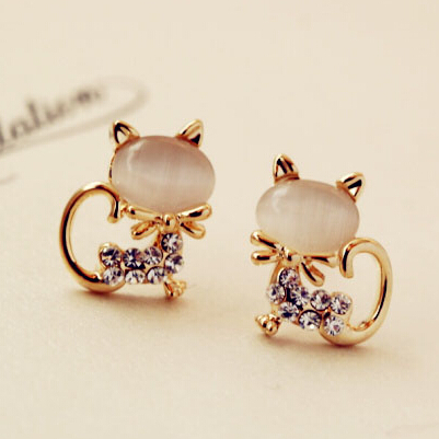 Cute White Pink Opal Cat Stud Earrings Animal Tal Des