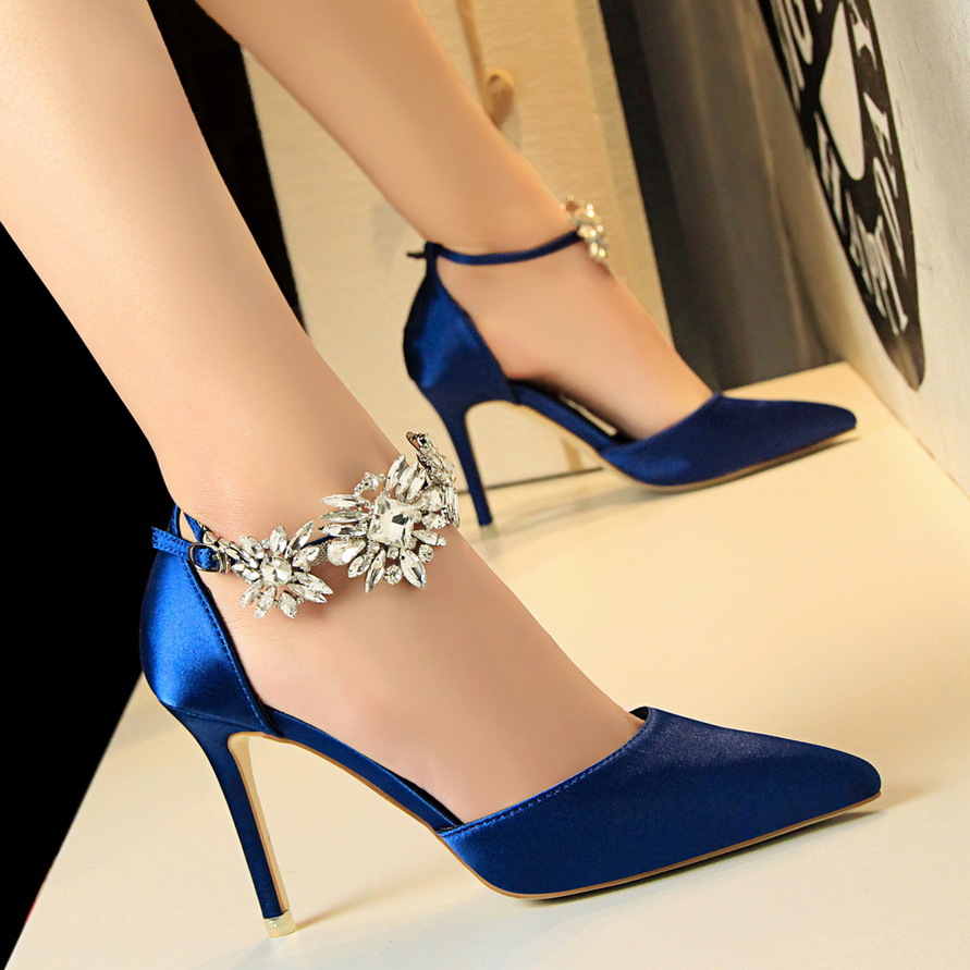 Crystal Pumps Stilettos-Shoes Dress Rhinestone Satin Wedding-Bridal Pointed-Toe High-Heel
