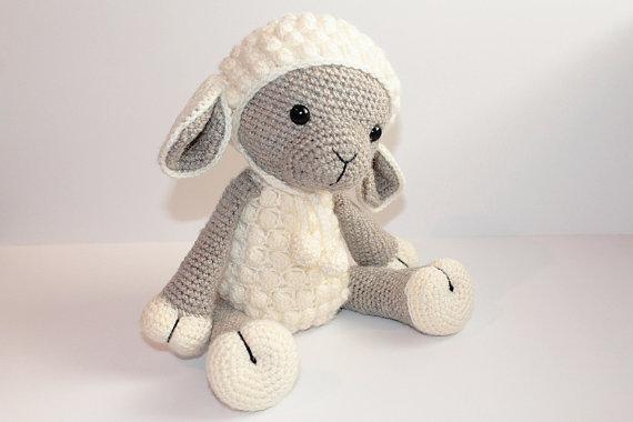 Haak schapen baby douche kamer versieren rammelaar speelgoed en pop 3