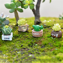 One set Cute Love Mini Succulent Cactus Plant Decor PVC Crafts Decorations Cartoon Dolls Landscape Fairy Garden Ornament