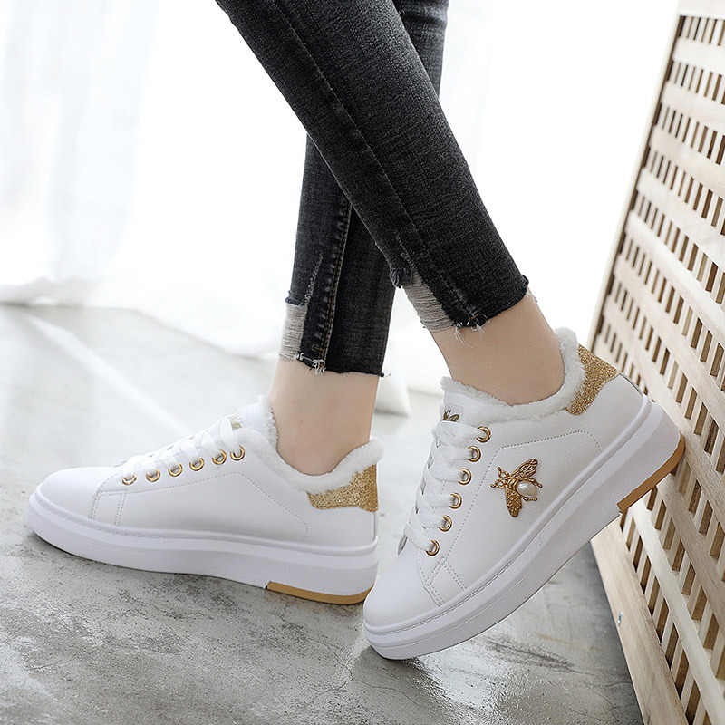 ... 2018 Autumn Winter Fashion Lace Up Leather Bee Women White Shoes  Platforms Sneakers Peluche for Flats ... 10b9acfb09f0