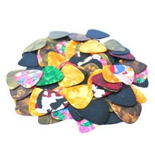 Lots of 100pcs New Thin Guitar Picks Parts Accessories Celluloid 0.38mm Stringed Instruments Free Shipping