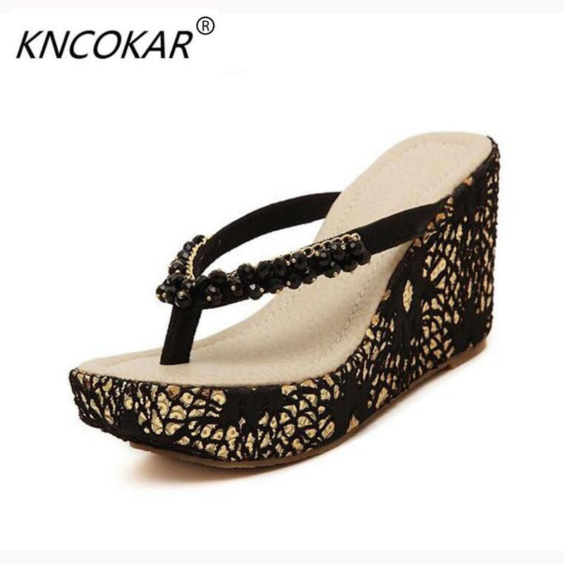 KNCOKAR In the summer of 2018 sexy sandals women wedge bottom slippery sandals diamond thick sponge flip-flops fashion in autumn the new style of the leather face of the thick bottom of the shoe fashion of many colors