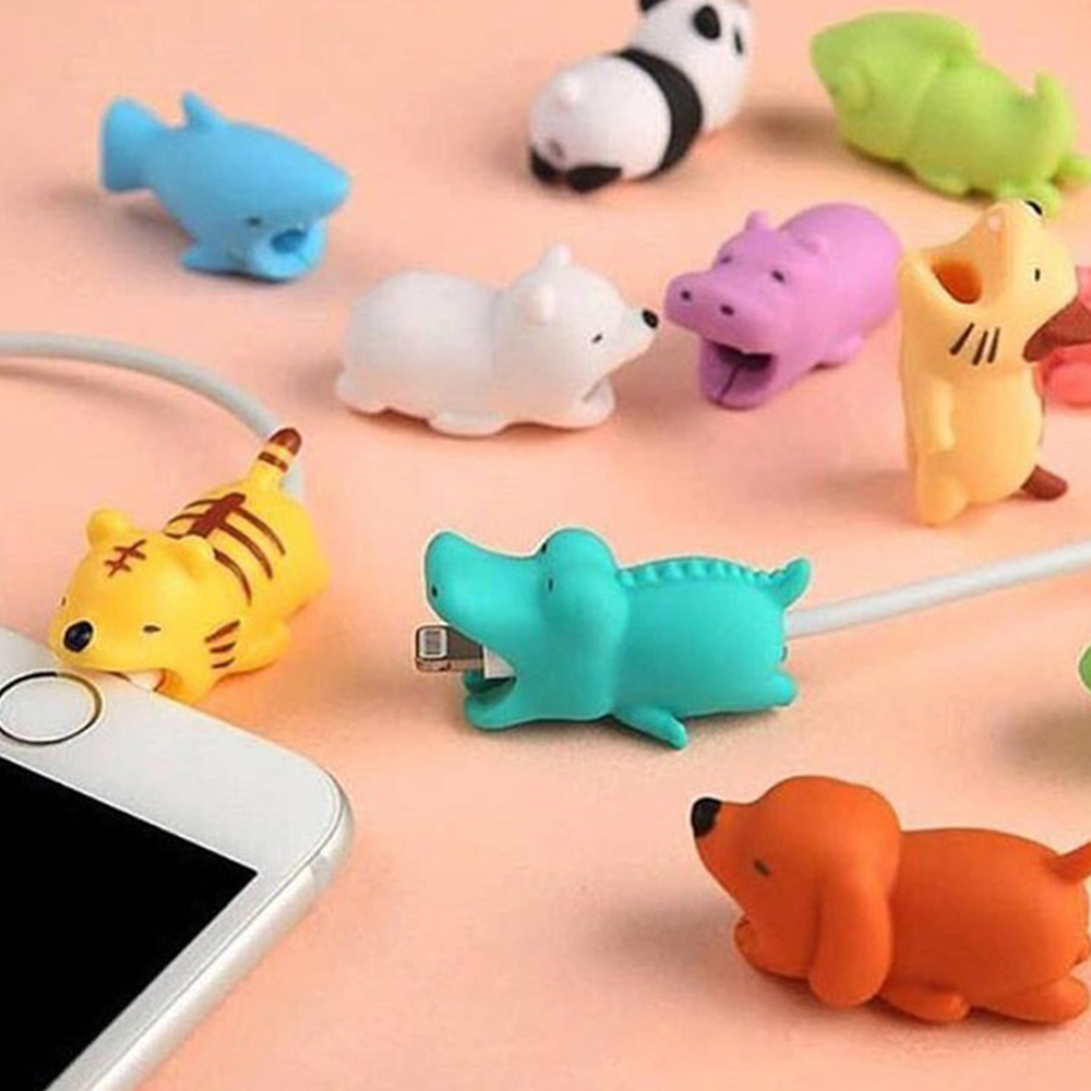 Cartoons Animal Bite Cable Data Protector Dogs Cats Cute Shaper Winder Organizer For Iphone Ipad Data Line Protection Phone